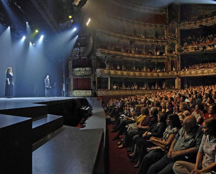 Tarifa plana de teatro en madrid abono del teatro caser for Oficina de turismo de suiza en madrid